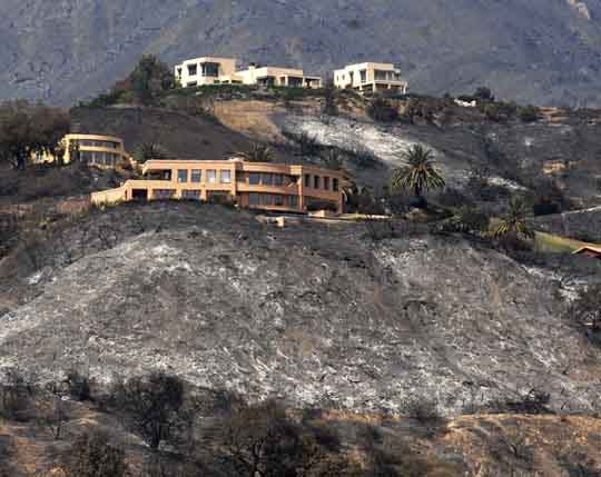 Santa Barbara houses after wildfire