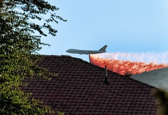 Tanker 979 dropping on the Crown Fire