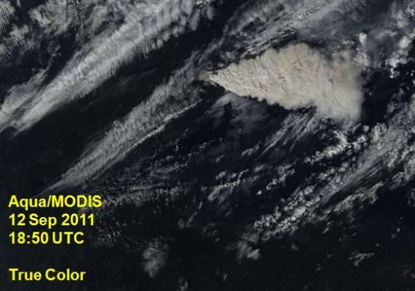 Pagami Creek fire smoke over US 1850 UTC 9-12-2011