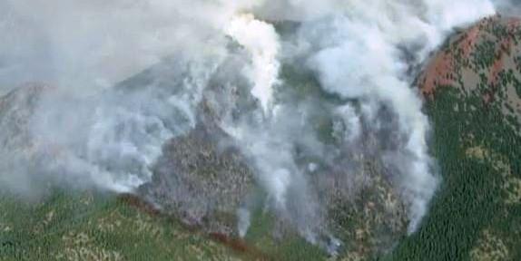 Colorado: Flagstaff and Waldo Canyon fires force evacuations