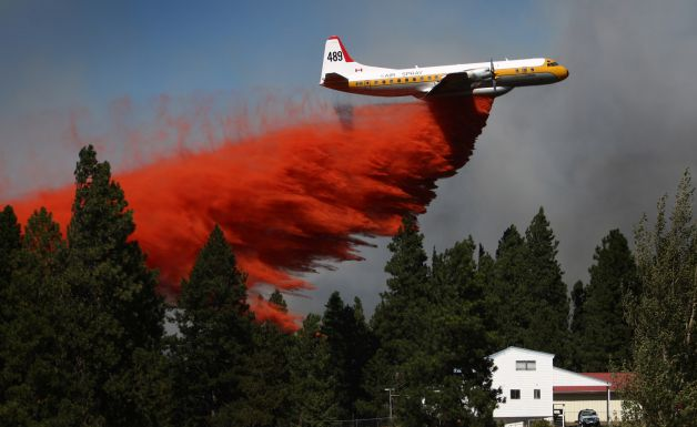 air tanker drops on Taylor Bridge fire
