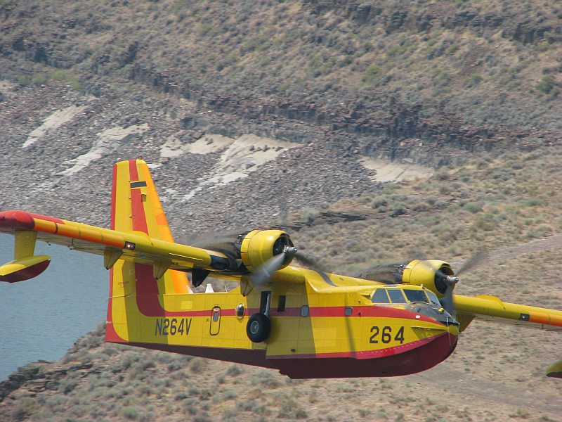 CL-215 over Goose Creek Reservoir