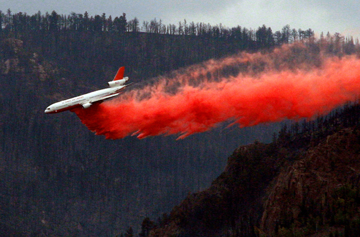DC-10 drops on Sheep Herder Hill fire on Monday