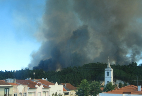 Wildfire south of Porto, Portugal, September 2, 2012