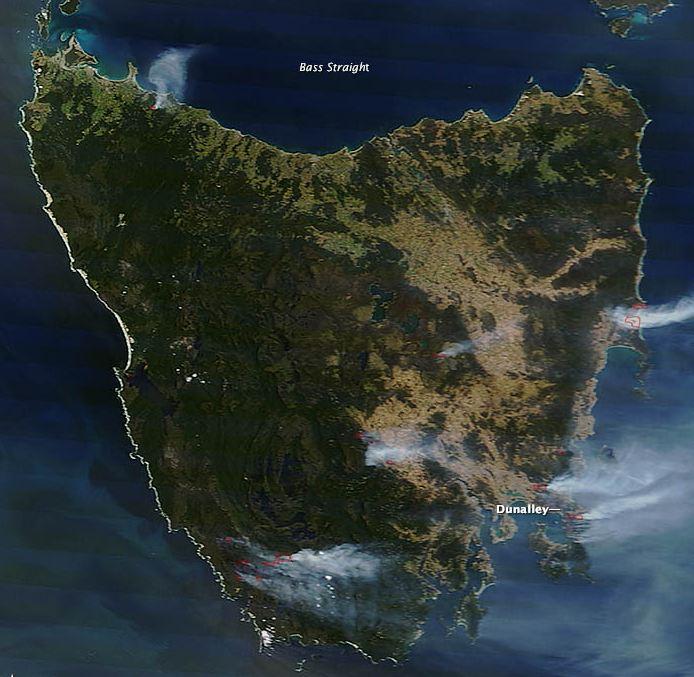 Satellite photo, fires in Tasmania