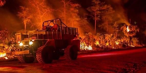 Photos of the Huckabee Fire