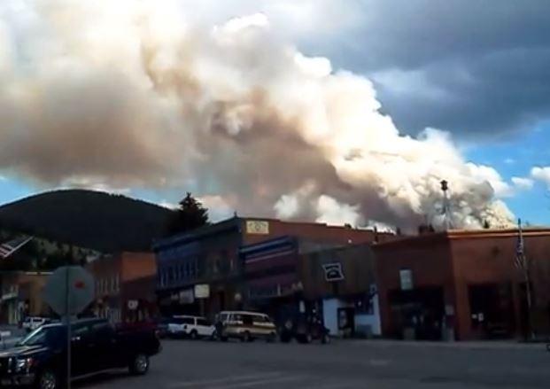 montana  fire near philipsburg burns homes