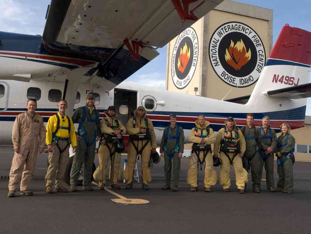Secretary Jewell and smokejumpers
