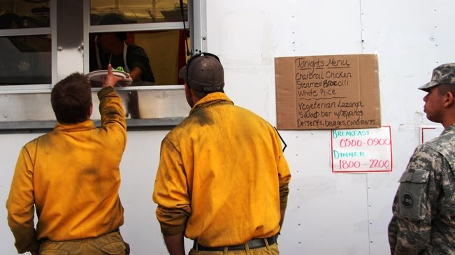 Chow line at the Black Forest Fire