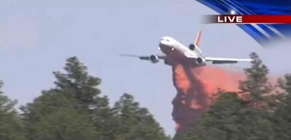 DC-10 dropping on Black Forest Fire at 3:05 p.m. MT, June 12, 2013