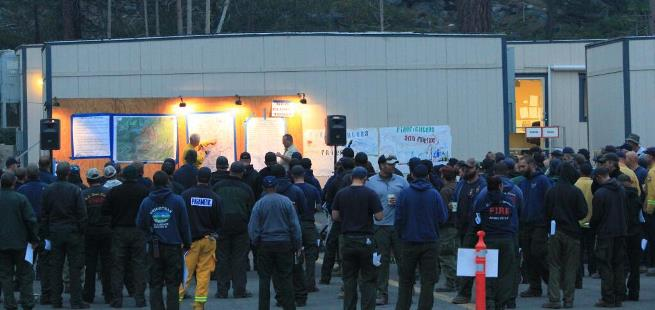 Morning briefing at Aspen Fire