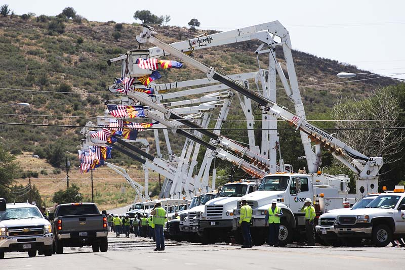 Yarnell Hill Fire, honor escort, APS cranes