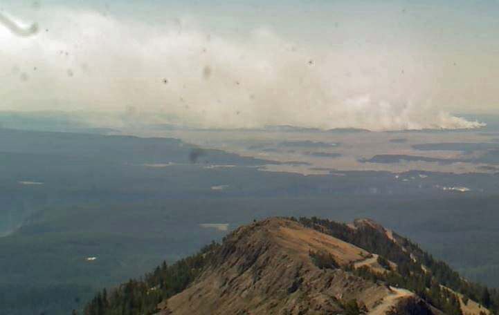 Alum Fire in Yellowstone National Park