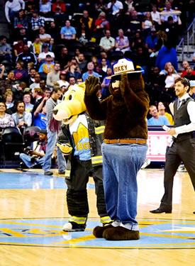 Smokey at Denver Nuggets game