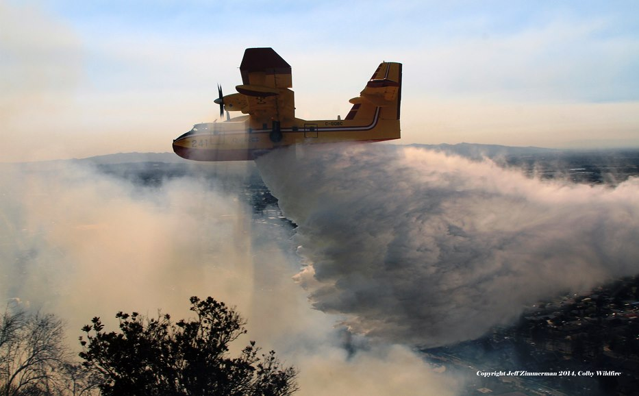 CL 415 on Colby Fire