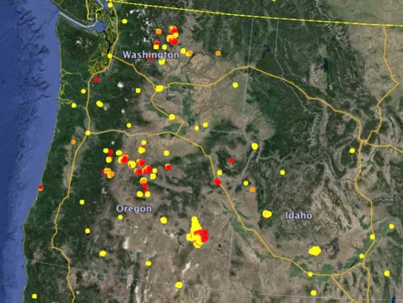 WA-OR fires, 2014-07-17 at 10.41.21 PM