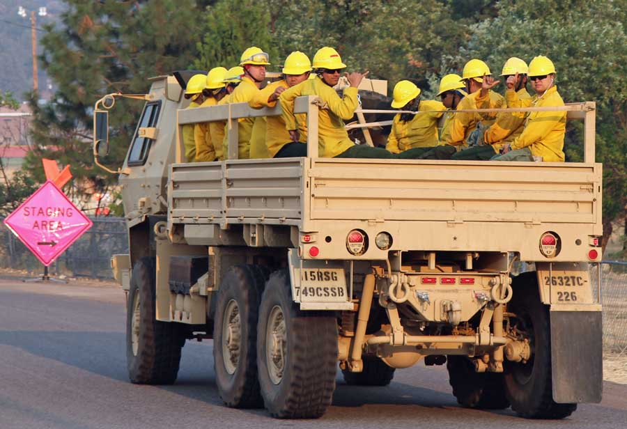 More National Guard trucks carrying firefighters – Wildfire Today