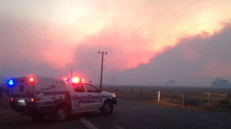 bushfire threatening Waroona