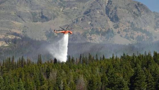 Skycrane helicopter Reynolds Fire