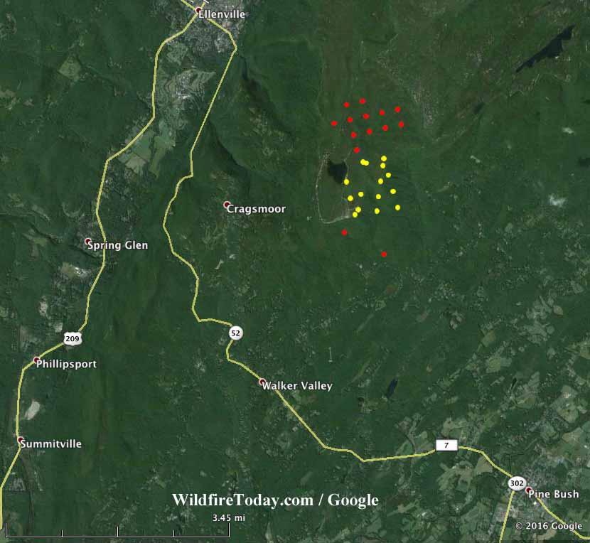 New York: wildfire in Sam's Point Preserve