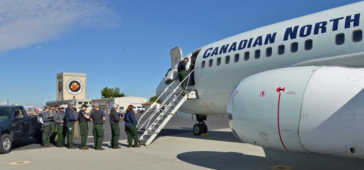 500 firefighters from U.S. and South Africa mobilized to Canada