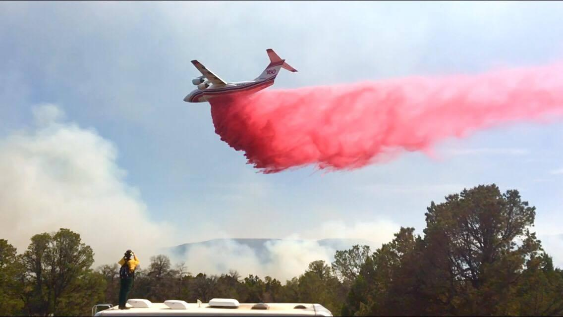 Tanker 160 drops on Dog Head Fire