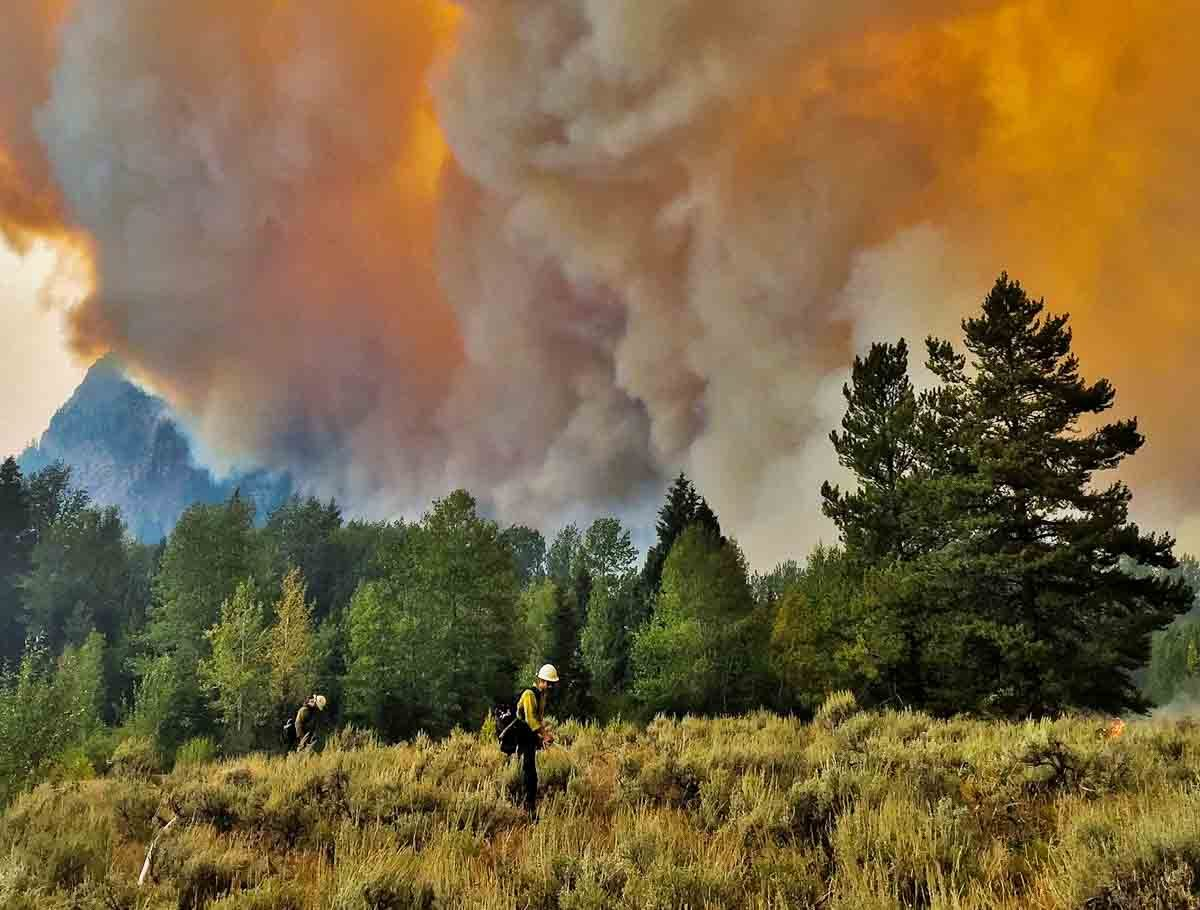 Berry Fire closes south entrance to Yellowstone National Park