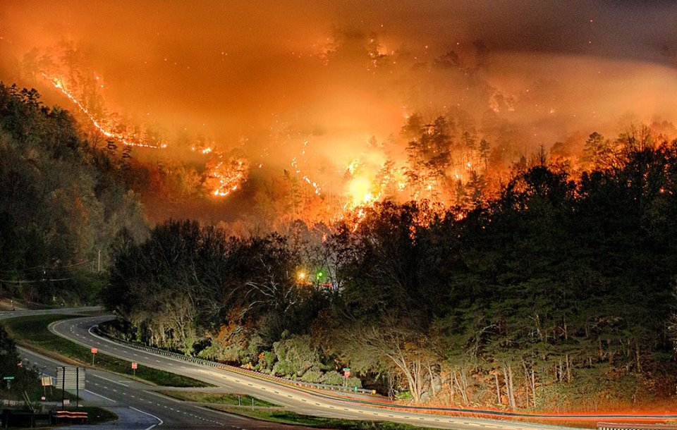 Two juveniles charged with starting fire that burned into Gatlinburg ...