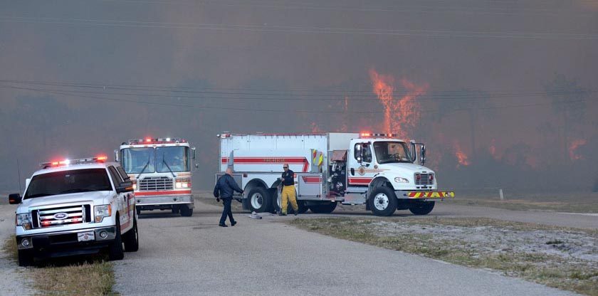 Wildfire in Polk County, Florida destroys 12 homes
