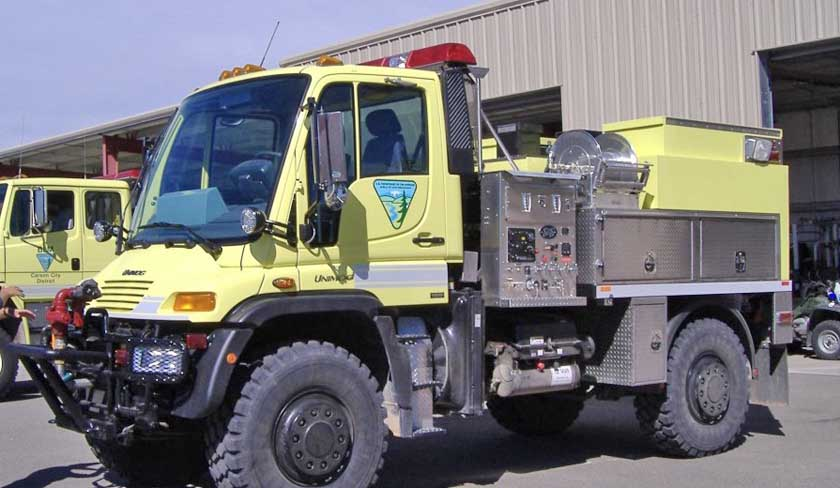 BLM Unimog fire engine 2410