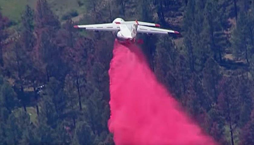 RJ85 drops Cajete Fire wildfire