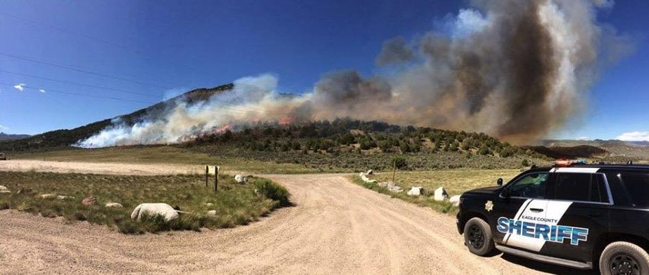 Boco Fire burns over 400 acres near Eagle, Colorado