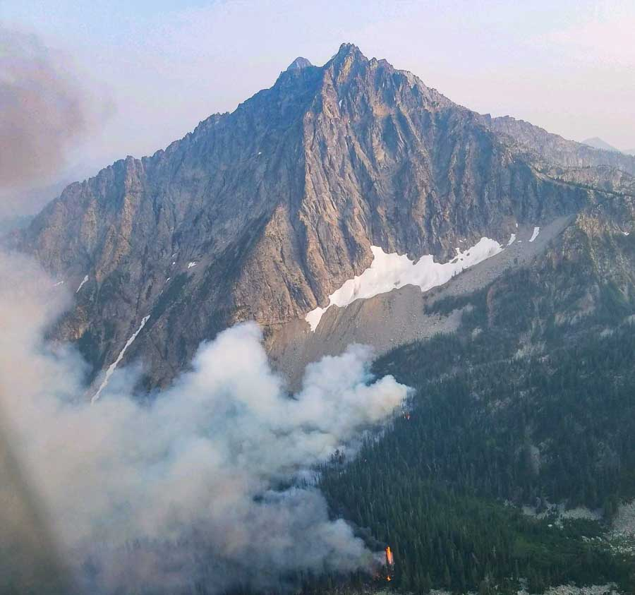 Crescent Mountain Fire burns tens of thousands of acres west of Winthrop Washington