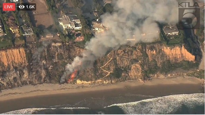 Woolsey fire on Malibu beach