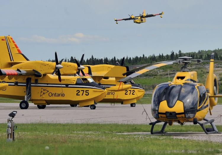 Ontario firefighting aircraft