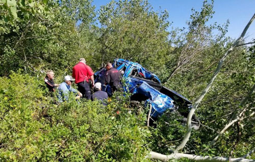 Nevada wildland fire crews assist vehicle accident