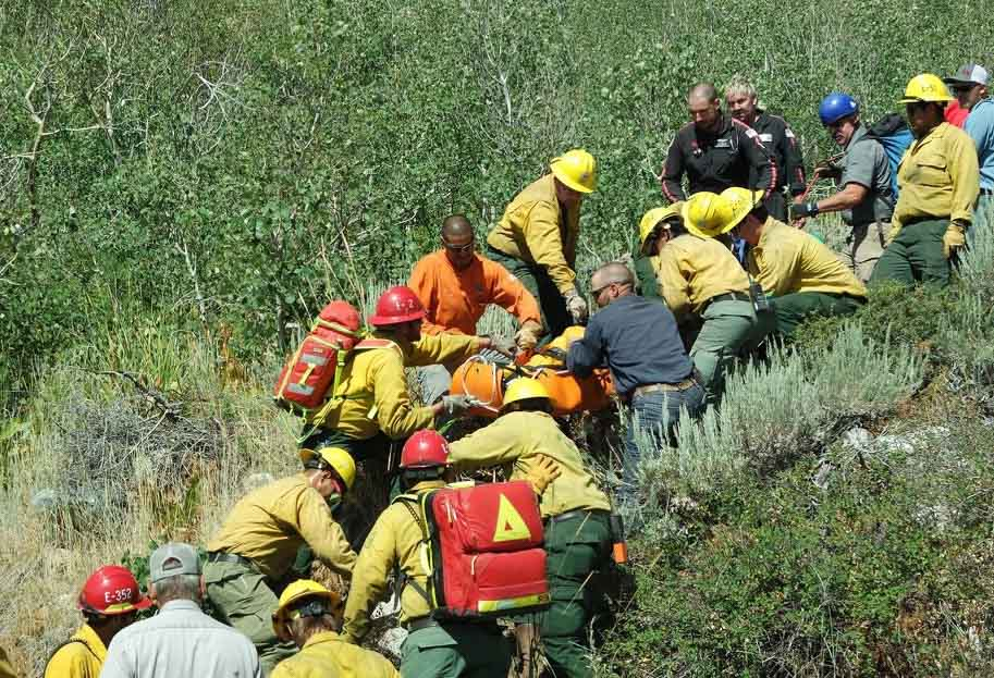 wildland fire crews assist vehicle accident