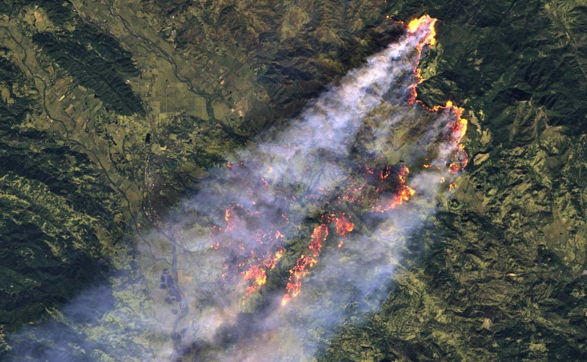 Looking at the Kincade Fire from space