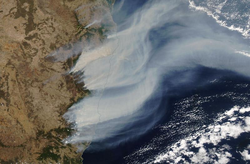 Satellite photo smoke bush fires New South Wales