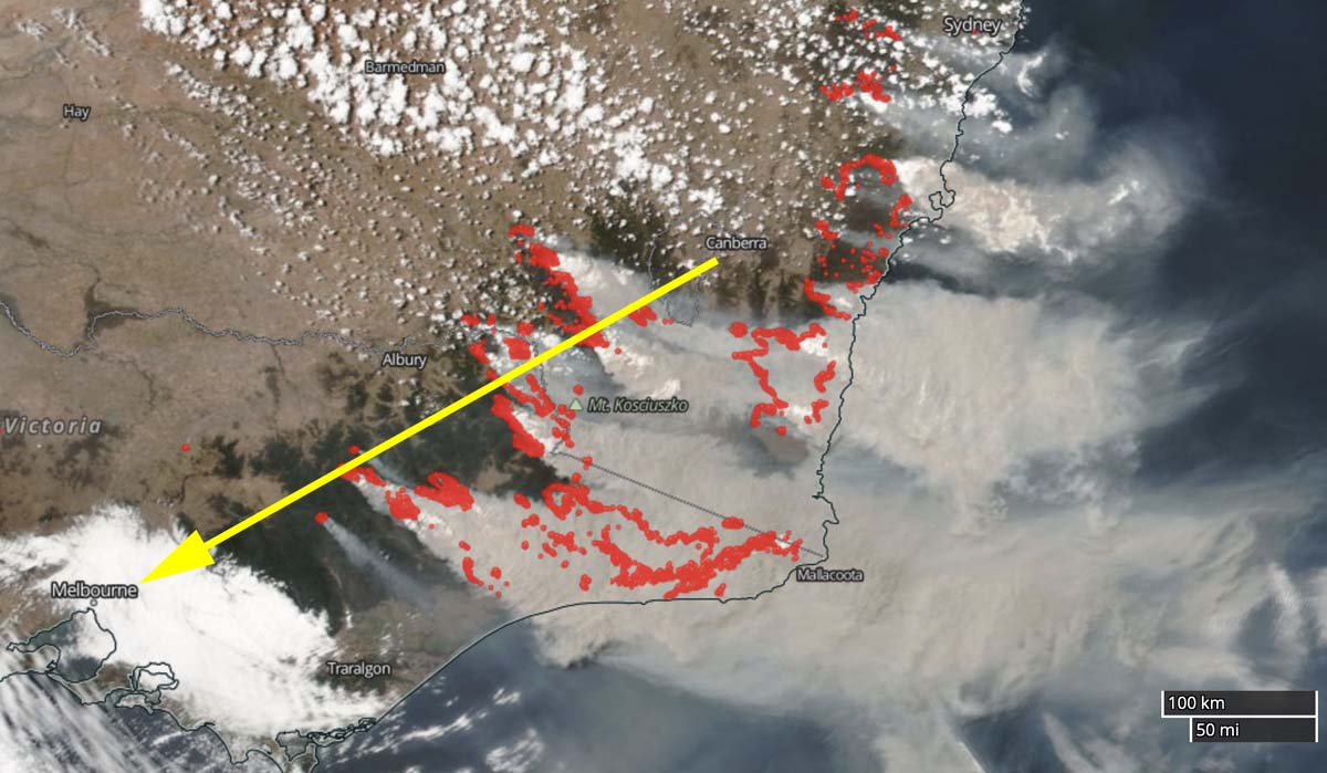 Satellite photo smoke Australia fires