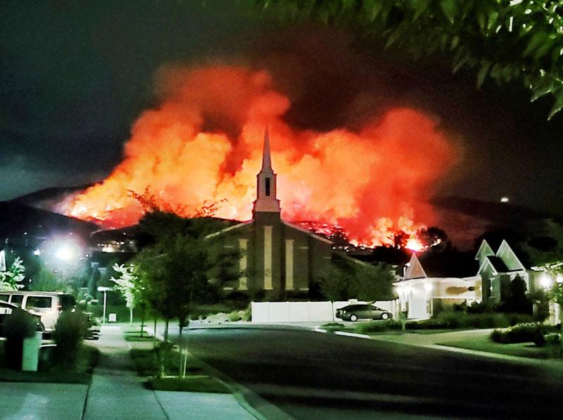 Fireworks spark wildfire and force evacuations at Lehi, Utah ...