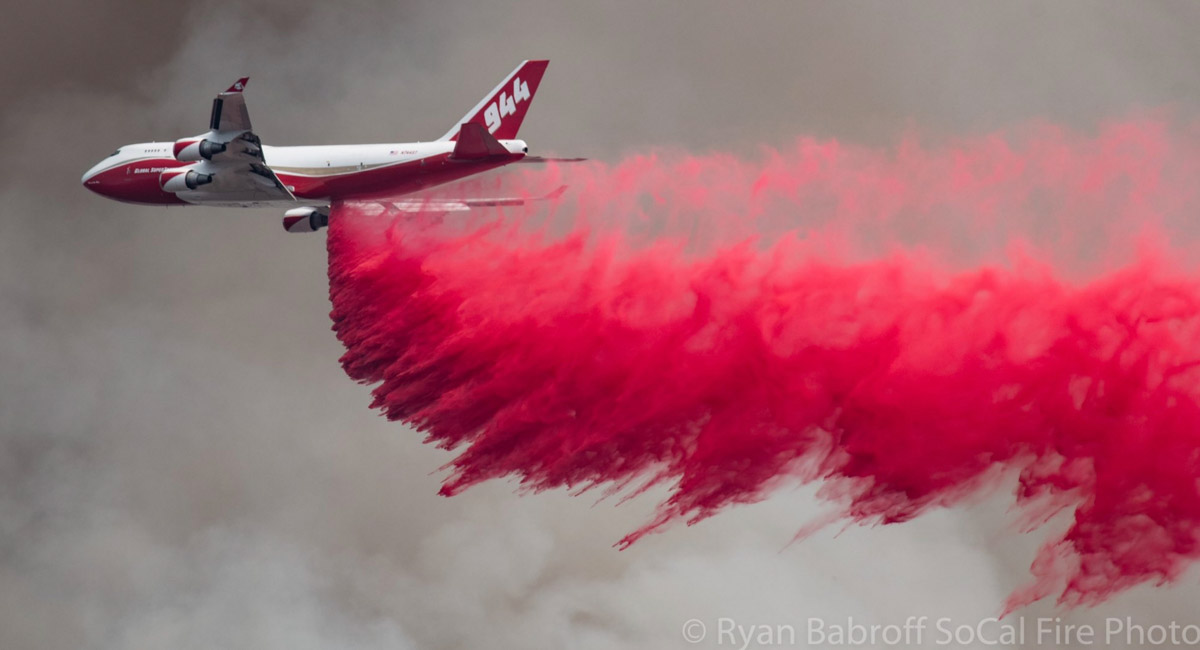 Air Tanker 944, a 747, drops on the Stagecoach Fire
