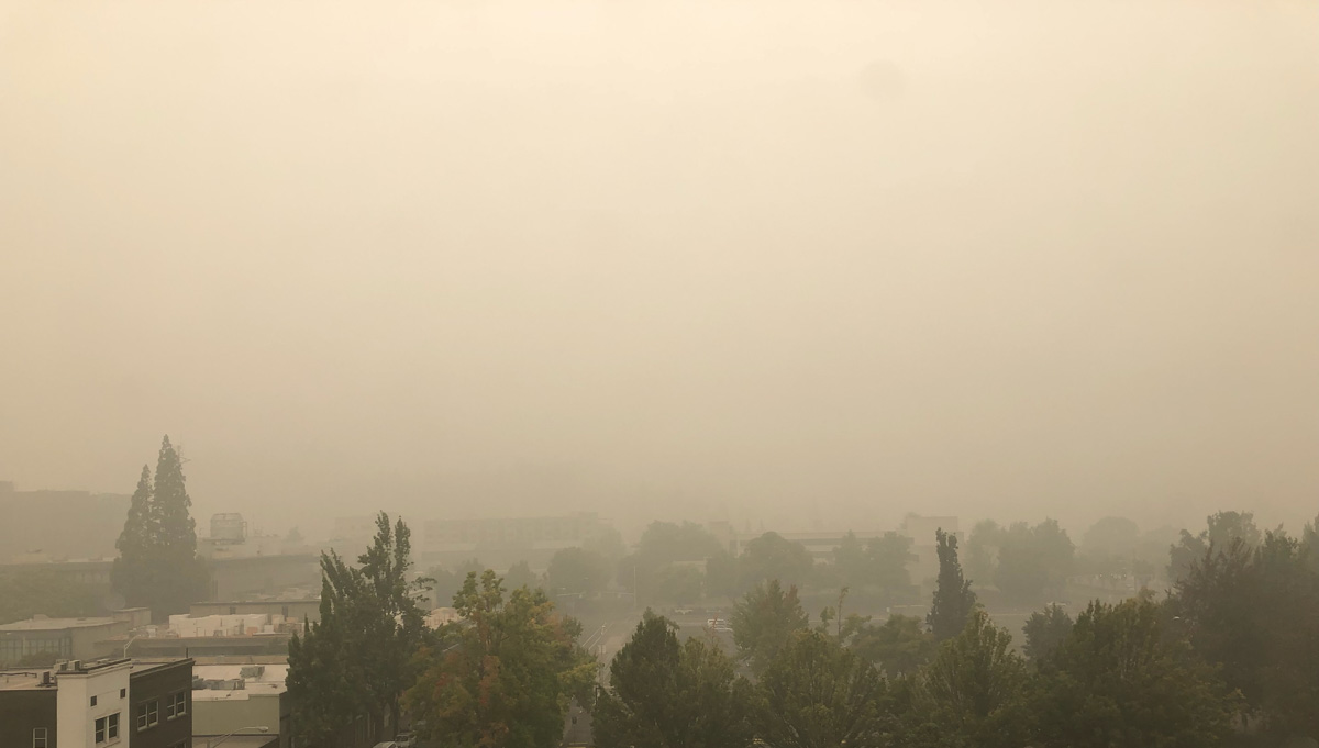 Visibility Eugene, Oregon today September 12, 2020 smoke fires