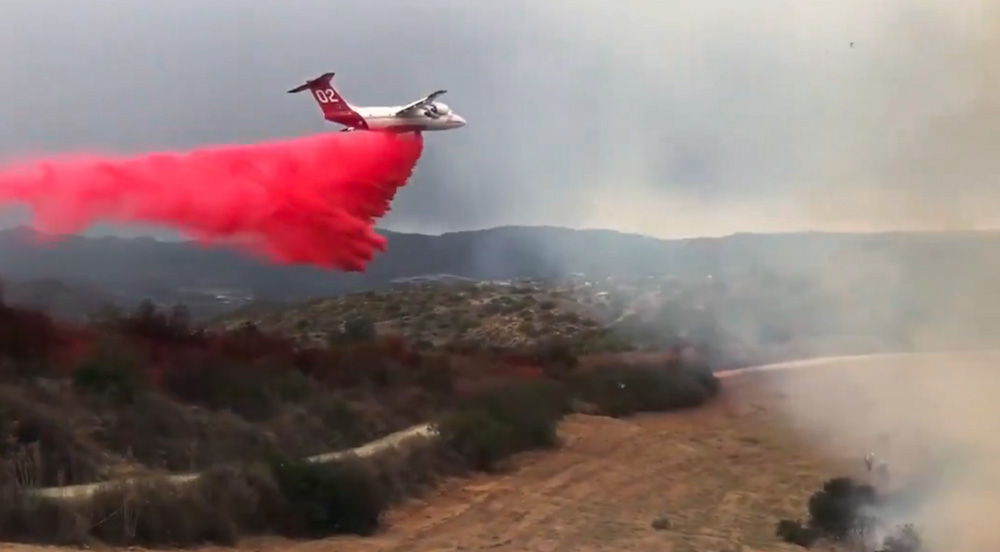 Air Tanker 02 Drops on the Creek Fire