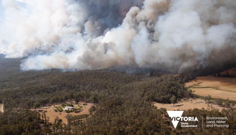 bush fire December 2020, photo credit Victoria State, Australia