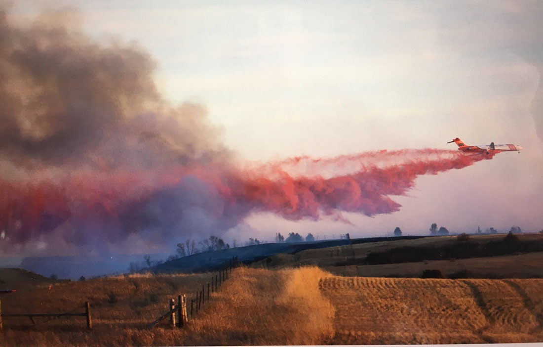 MD-87 drops on the Horse Pasture Fire in Theodore Roosevelt National Park, April, 2021.